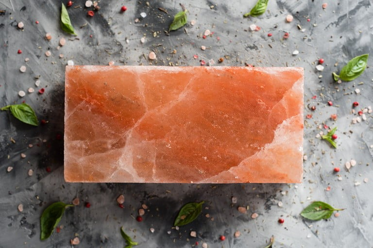 آجر نمک چیست؟ چرا از آجرنمک در ساخت اتاق های نمک استفاده می شود؟